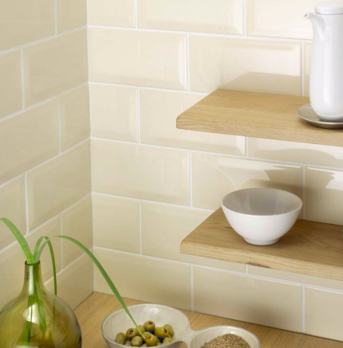 bevelled-cream-mini-metro-tiles-15cm-x-7-5cm