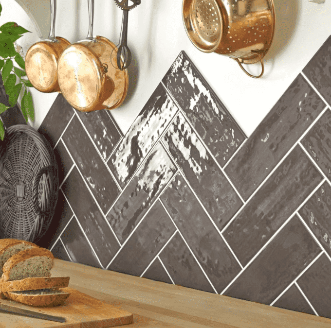 Cottage Antique Anthracite 30 x 10 Metro Tiles
