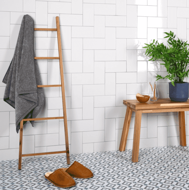 crushed-crackle-cotton-white-metro-tiles