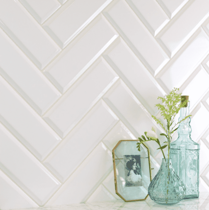 Luxury White Bevelled 22 x 7.5 Metro Wall Tiles
