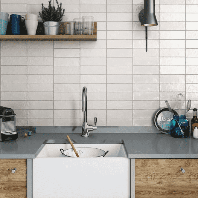 tumbled-rustic-white-20-x-6-5-metro-tiles