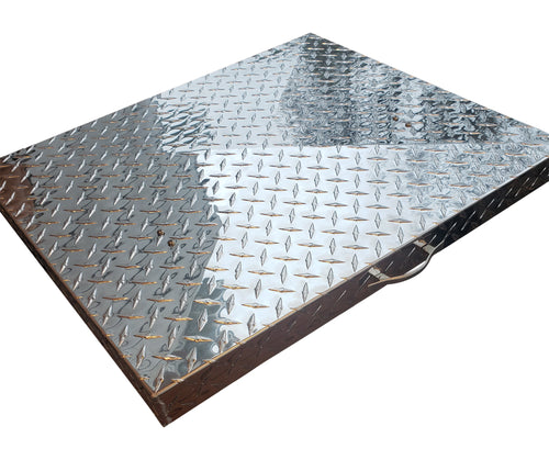 FACTORY SECONDS:  Griddle Cover, Diamond Plate Aluminum, for Camp Chef FTG475 Flattop Griddle, 3 Burner