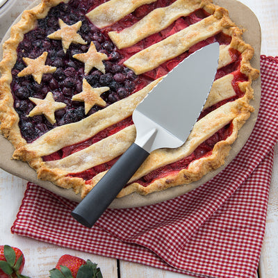 Serrated Pie Server with black handle and american themed pie.