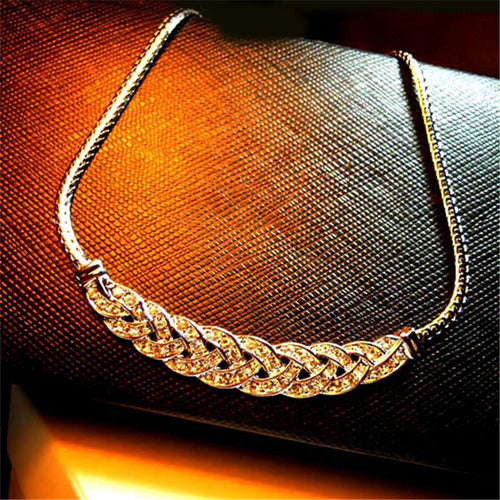 Vintage Collar Crystal Pendant &  Maxi Necklace Women