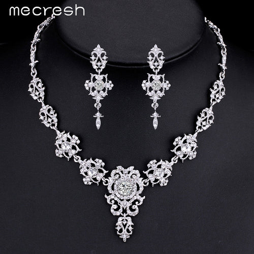 Gorgeous Crystal and Rhinestone Flower Earrings Necklace Bridal Set