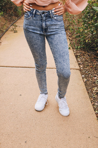 Medium Acid Denim