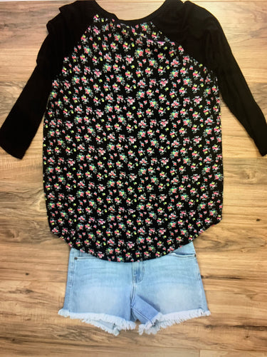 Mixed Floral 3/4 sleeve Top