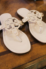 Tide break sandals