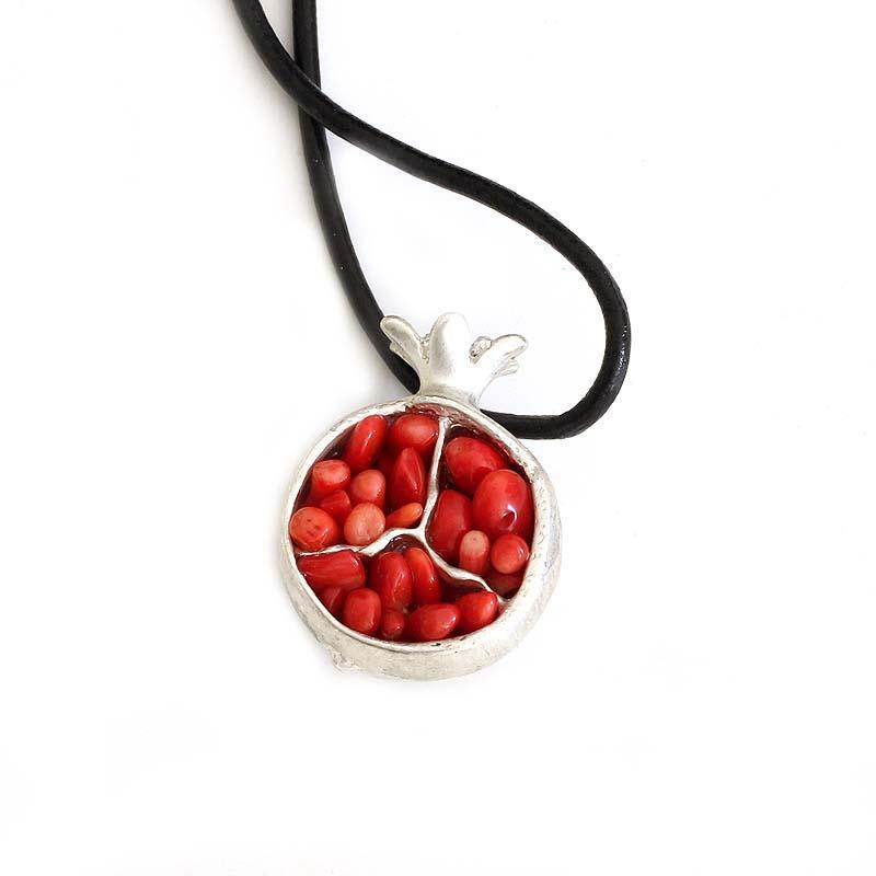 Oriental Gift Cute Luck prosperity Symbol Charm Necklace Pomegranate
