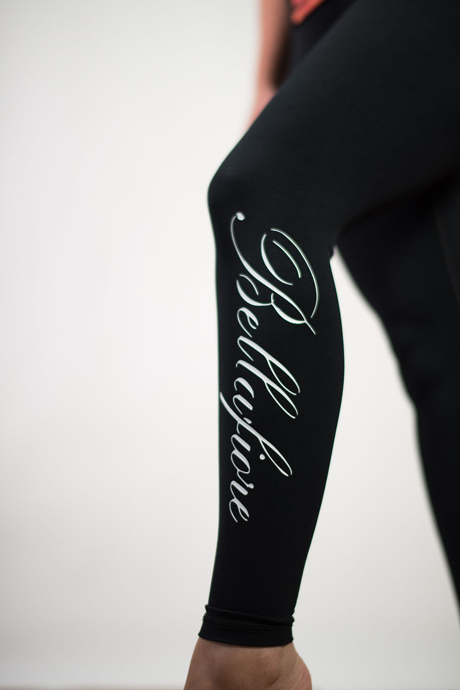 Black 3/4  Compression Leggings