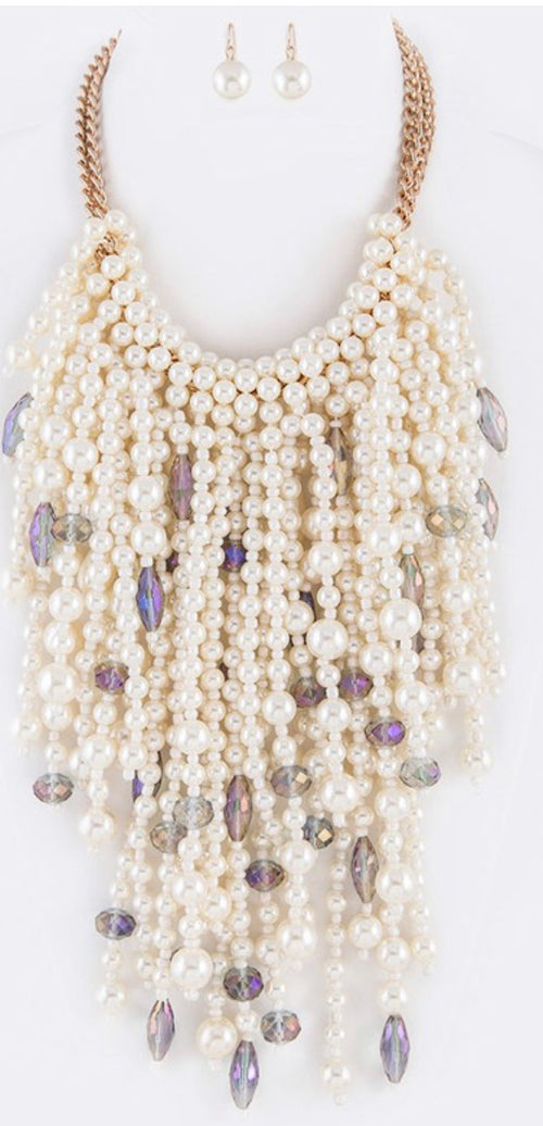 Thousand Pearl Iconic Necklace Set