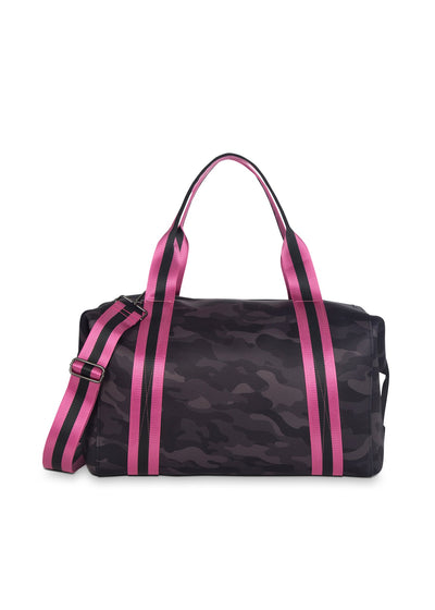 Haute Shore - Elite Weekender Bag (Morgan, Black Camo w/Pink & Black Straps)