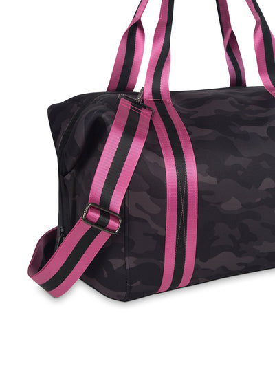 Haute Shore - Elite Weekender Bag (Morgan, Black Camo w/Pink & Black Straps) alt view 3