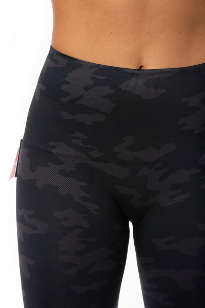 Spanx - Look At Me Now Bike Shorts (50180R, Black Camo) alt view 4