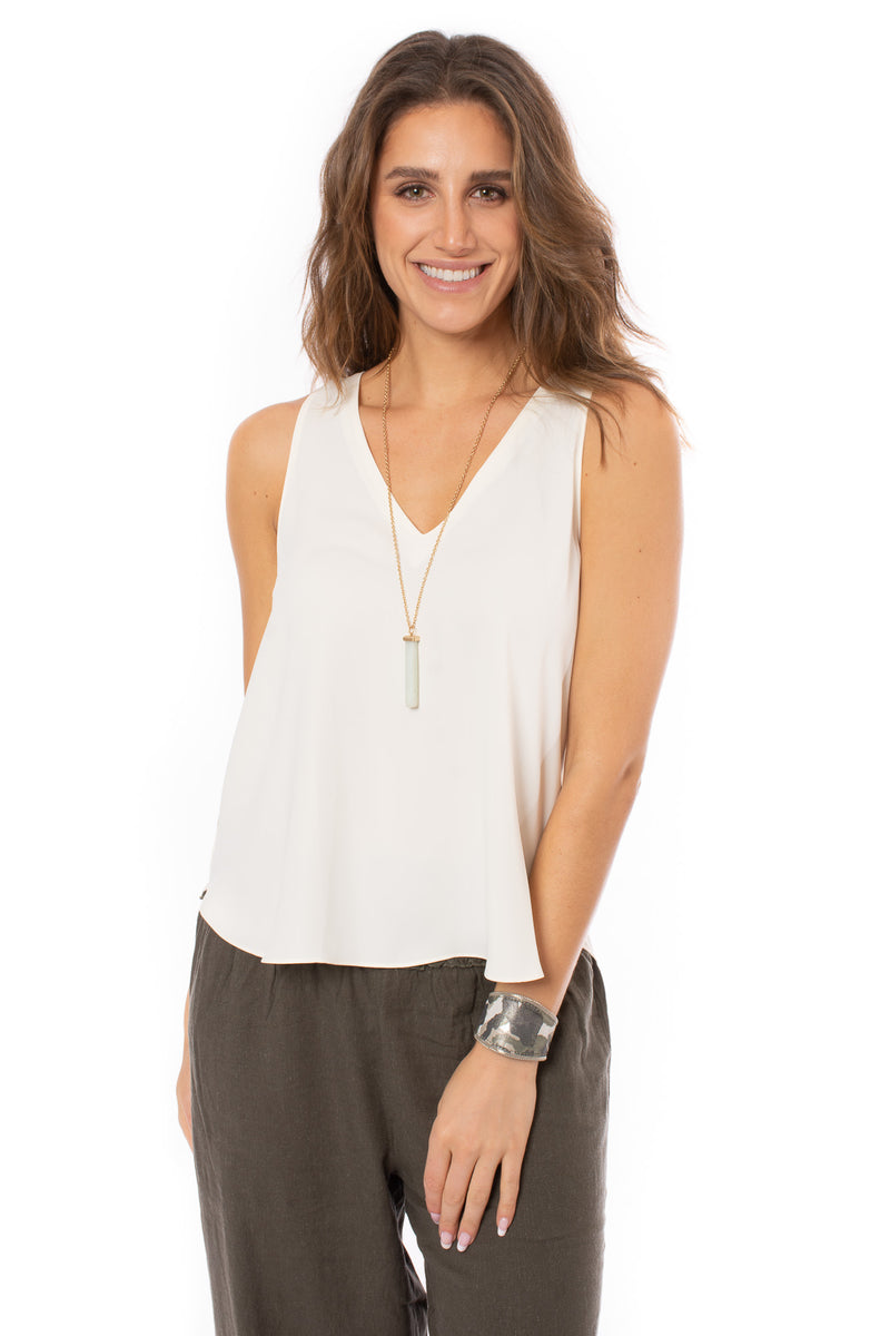 Veronica M. - V-Neck Shell Shirt (E-491, Ivory)