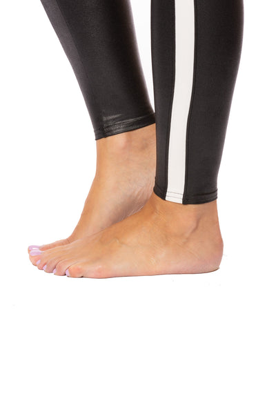 Spanx - Faux Leather Side Stripe Leggings (20187R, Black w/White Stripe) alt view 6