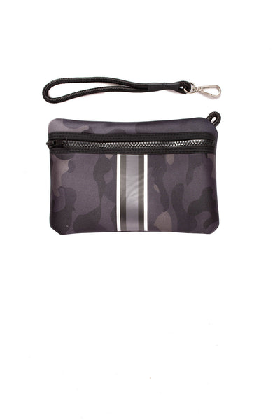Haute Shore - Elite Neoprene Tote Bag w/Zipper Wristlet Inside (Greyson, Black Camo w/Black & White Stripe) alt view 4