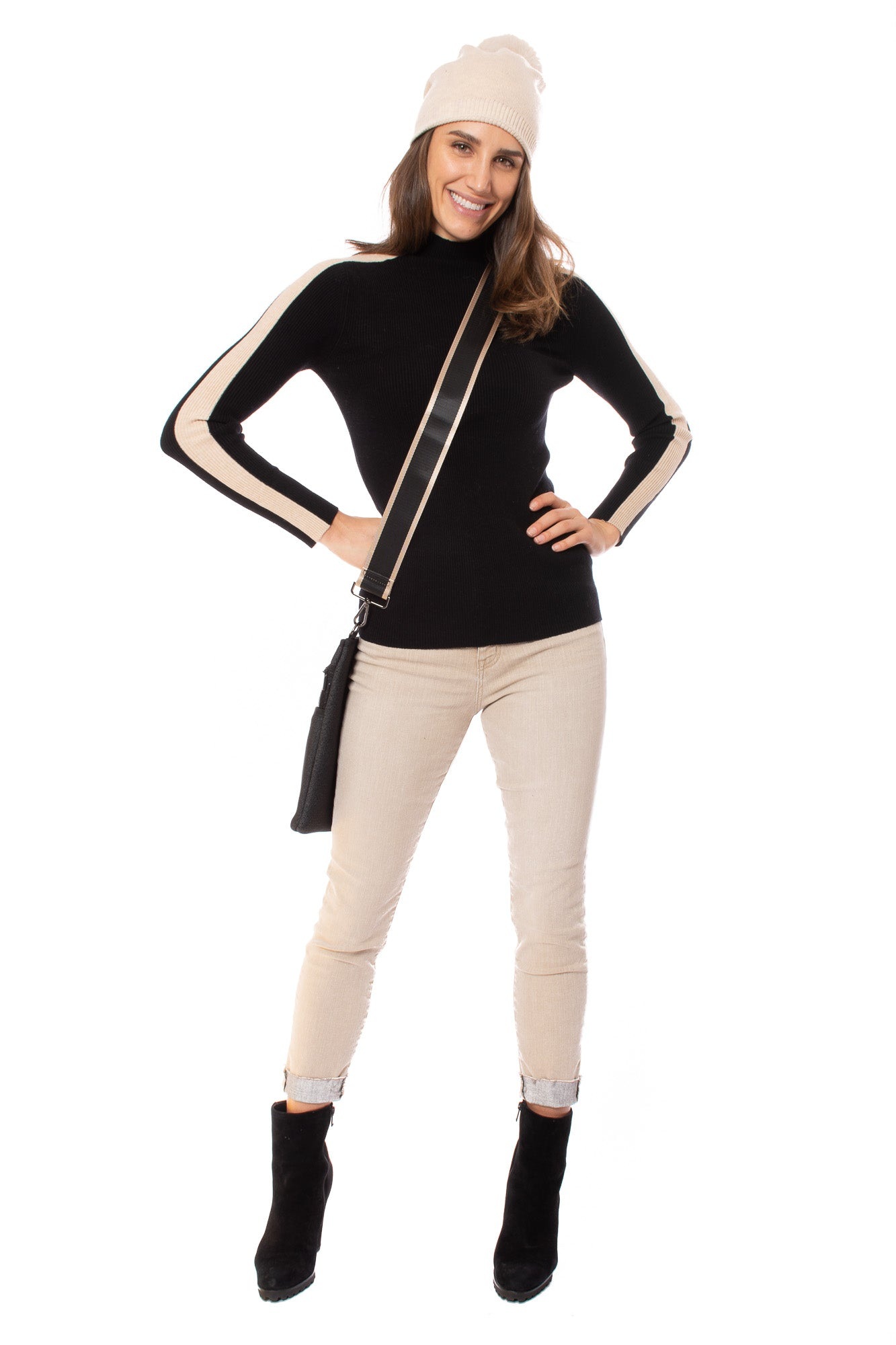 Kerisma - Frame Turtle Neck Sweater (G616, Black)