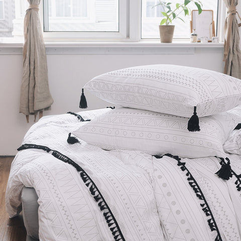 3 Piece 100% Cotton Tassel  Duvet Cover Set