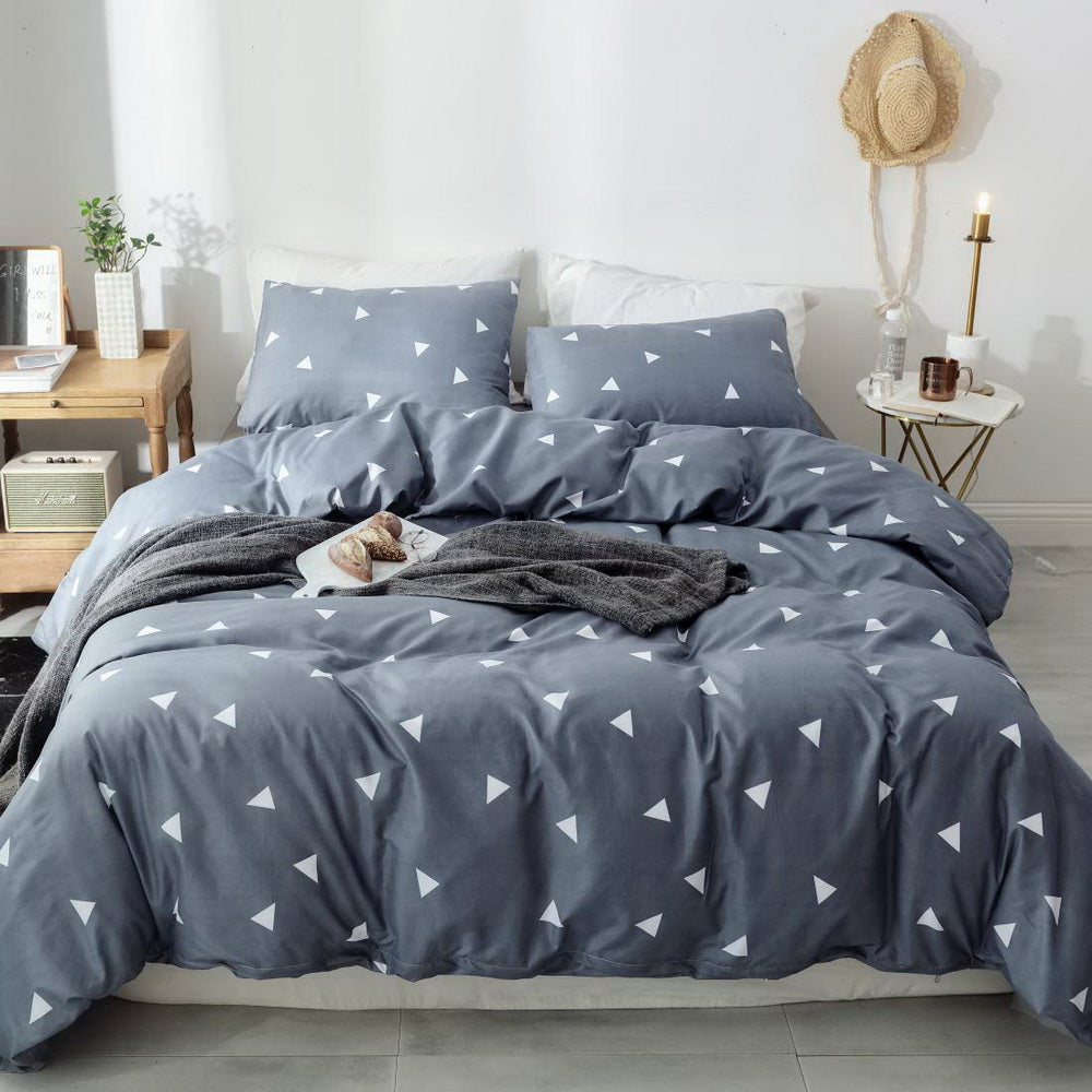 3 PCS Comforter Triangle Pattern Printed Bed Comforter Microfiber Soft Breathable Bedding (1 Comforter, 2 Pillow Shams)