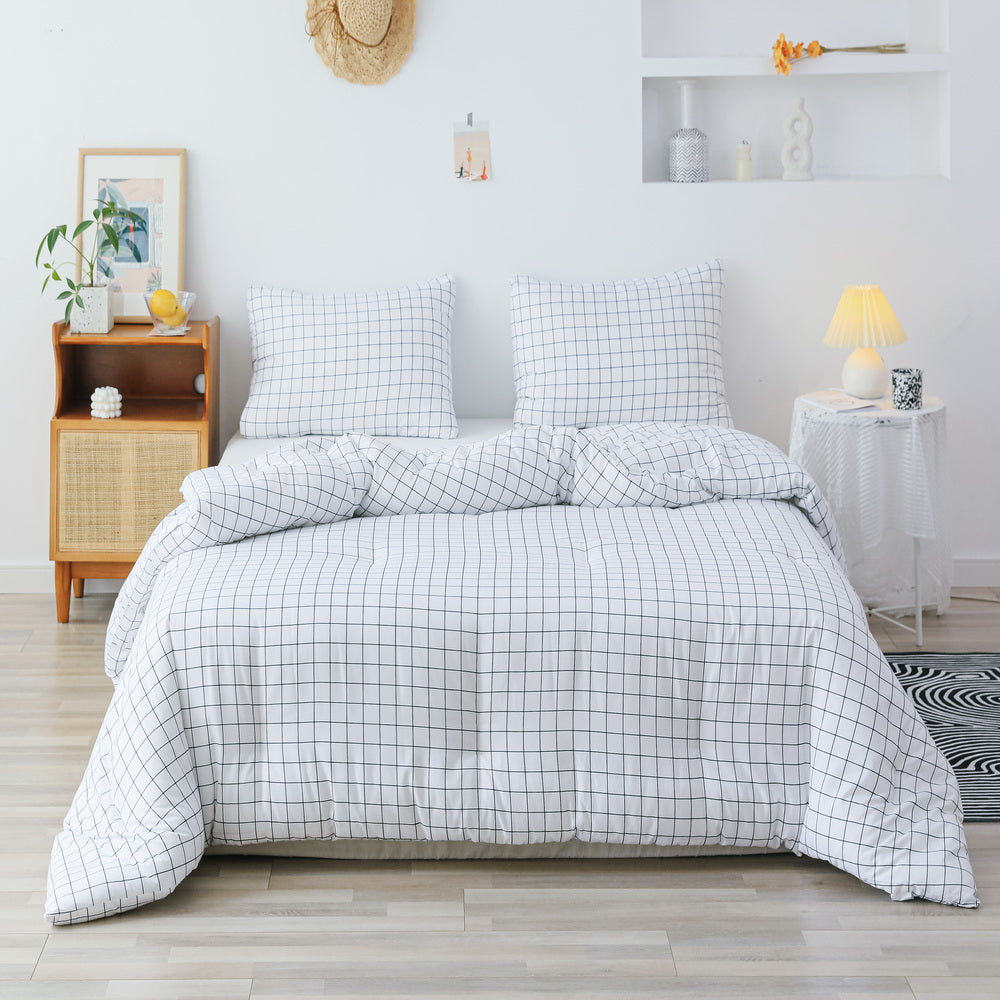 3 PCS Comforter White Grid Pattern Printed Bed Comforter Microfiber Soft Breathable Bedding (1 Comforter, 2 Pillow Shams)