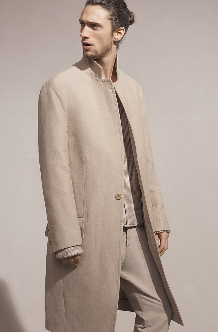 THE SOLID SCULPT COAT