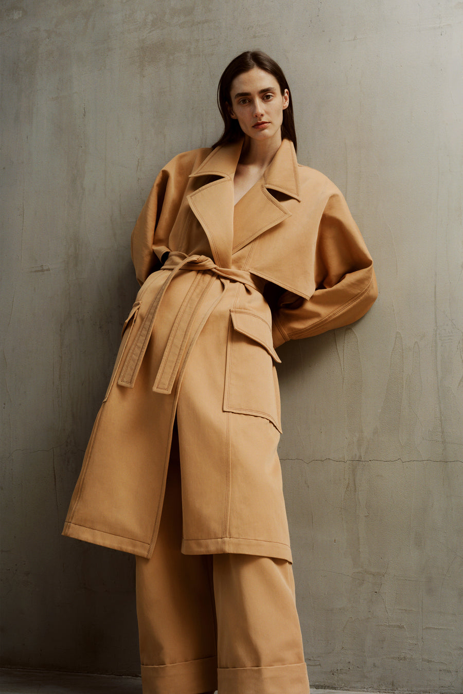 THE MONIQUE TRENCH COAT IN LATTE