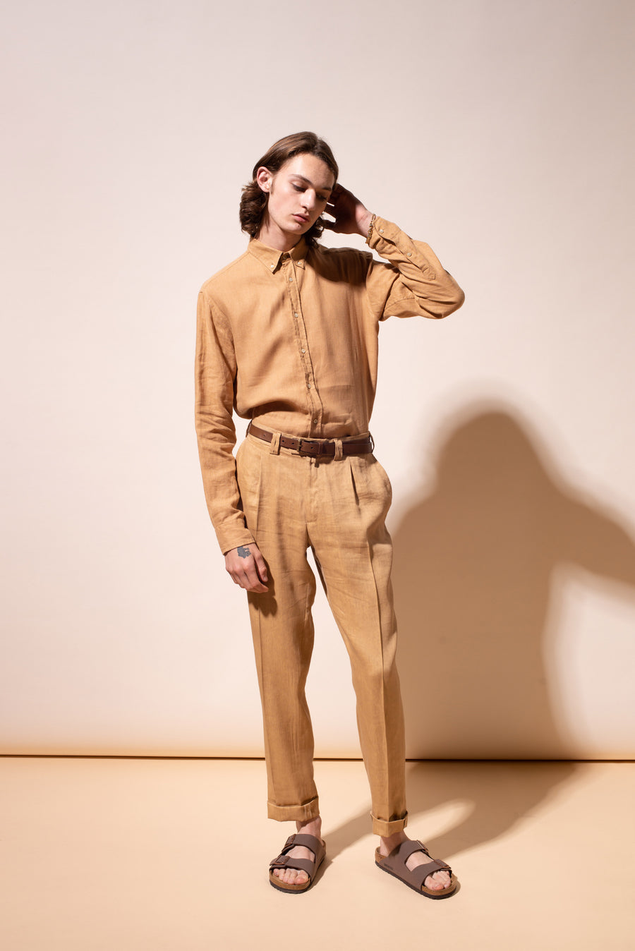 THE JONA SINGLE PLEAT LINEN PANTS