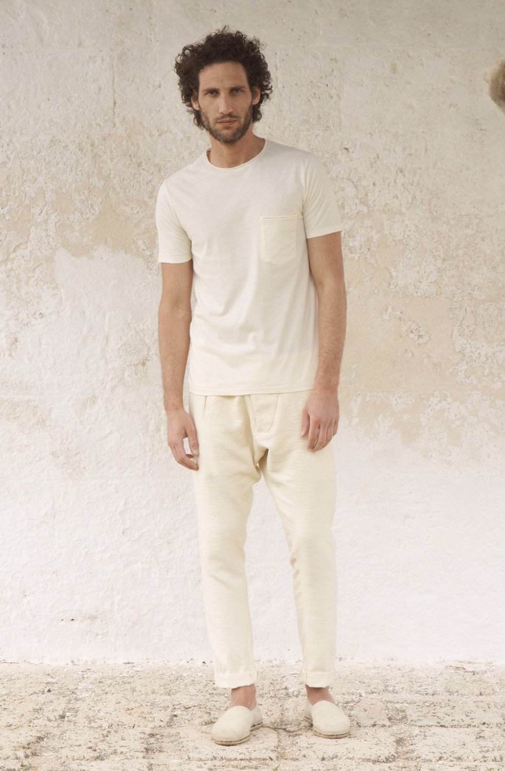 THE PURE COTTON ROUND NECK T-SHIRT