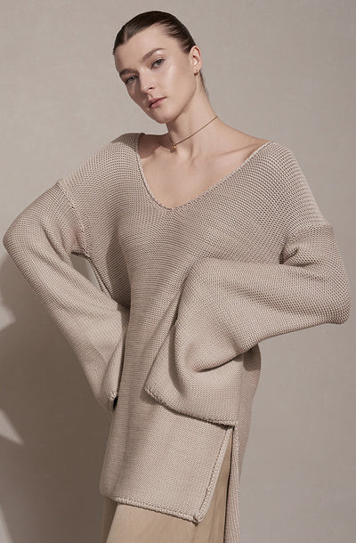 THE REVERSE KNIT COZY SWEATER