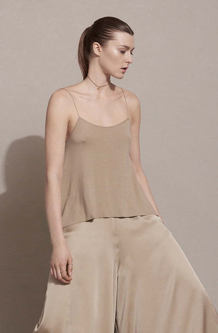 THE PURE CAMI TOP