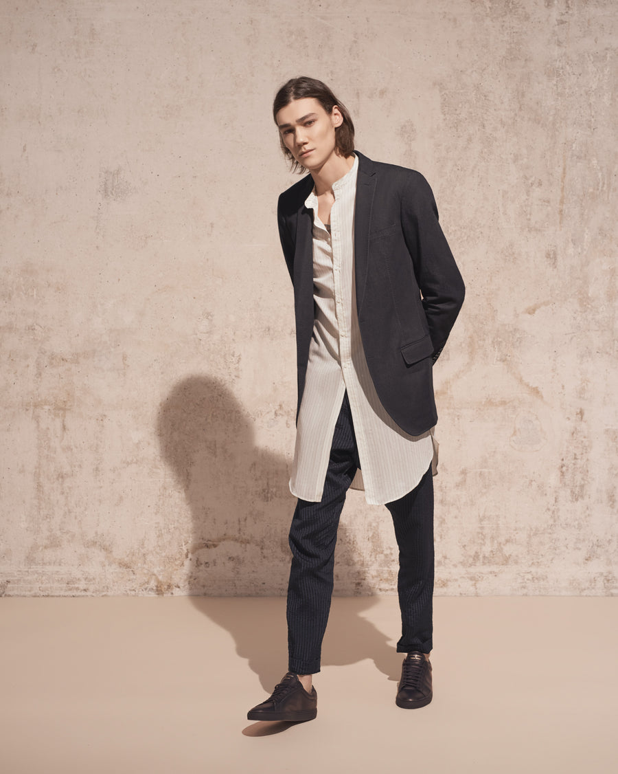 THE ELAD STRETCH DENIM BLAZER