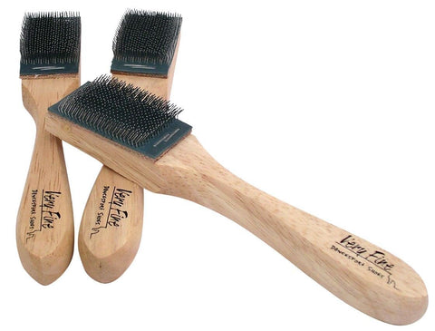 VERY FINE SUEDE SOLE SHOE BRUSH