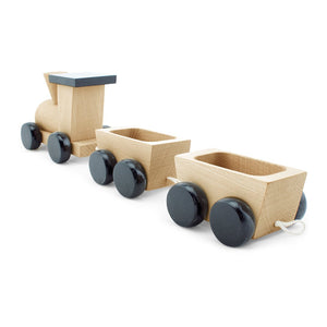 POPPY | Wooden Pull Along Train - The Mum Life