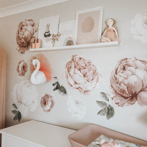 Wall Hanging | Suzie Swan 38cm - The Mum Life