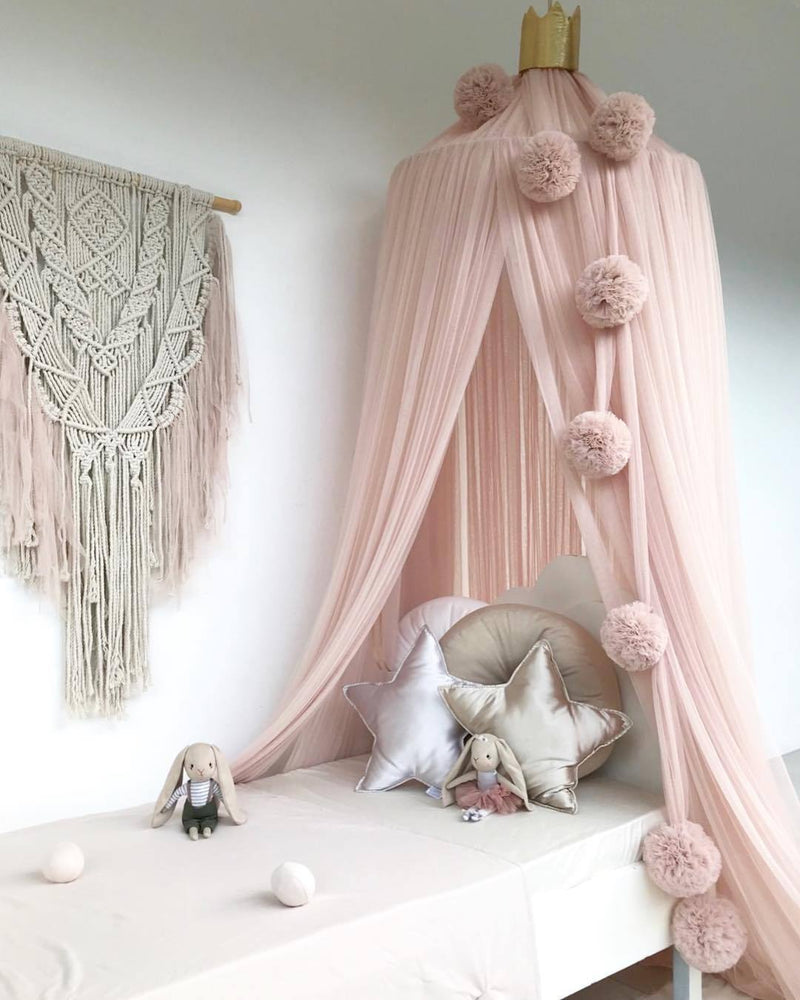 Spinkie Pom-Pom Garland | CHAMPAGNE - The Mum Life