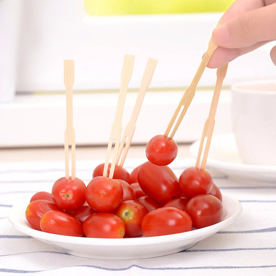 100pcs Bamboo Fruit Vegetable Food Forks BBQ Buffet Wedding Party Stick