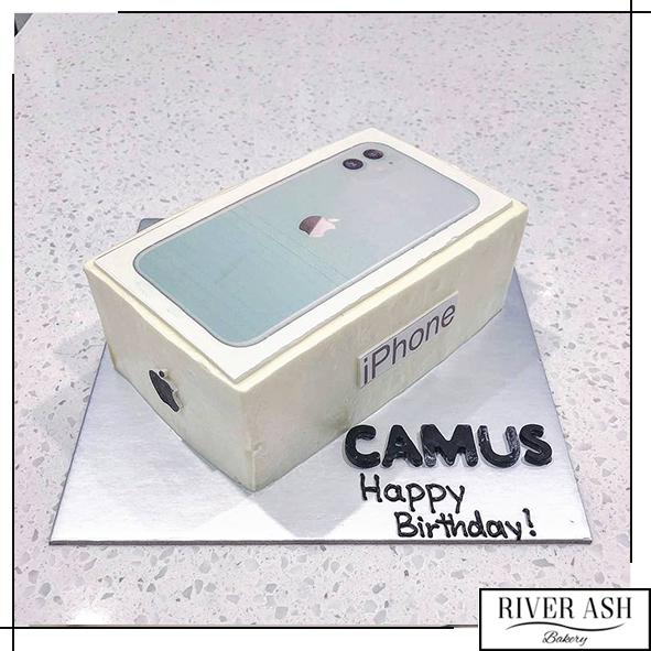 Apple iPhone 11 pro max Cake-River Ash Bakery