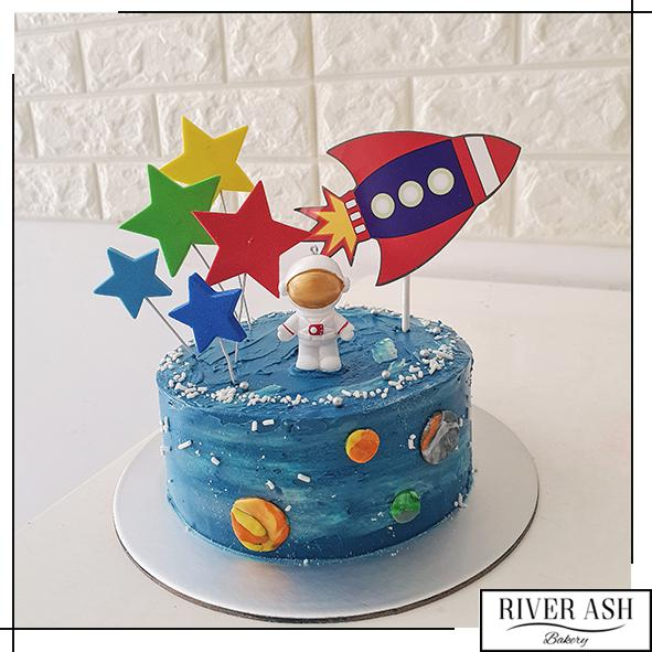 Astronaut and Outerspace Cake-River Ash Bakery