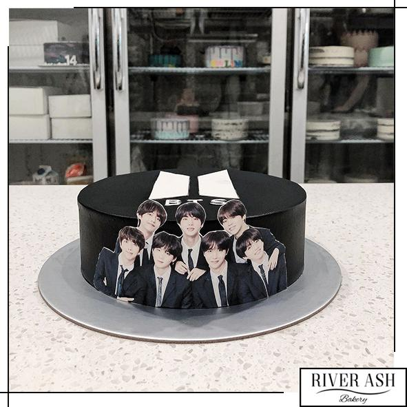 BTS members Kpop Cake-River Ash Bakery