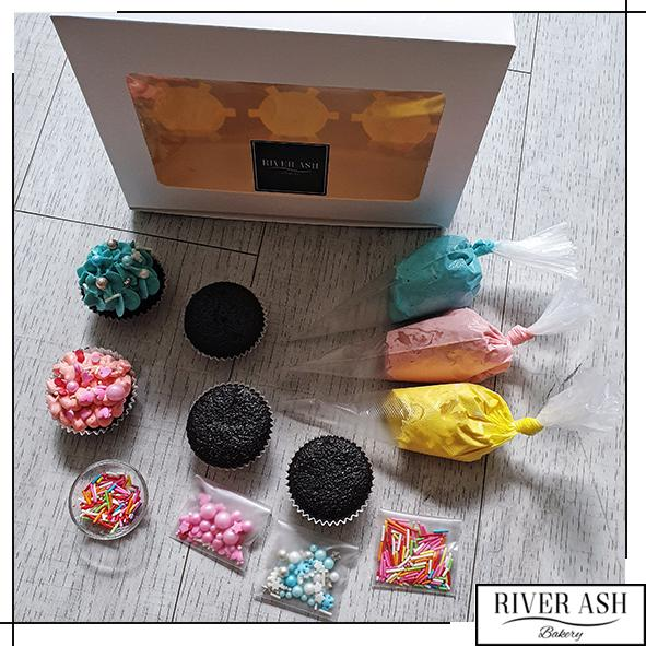 DIY Cupcake Set-River Ash Bakery