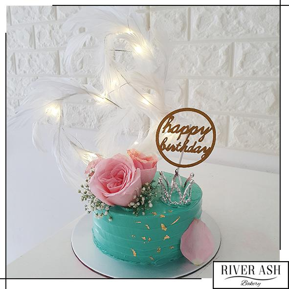 Fairy Lights Crystal Crown Cake-River Ash Bakery