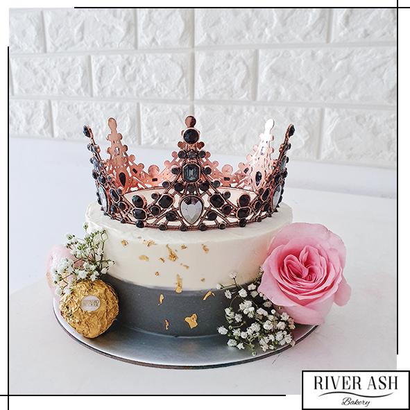 My Queen Cake-River Ash Bakery