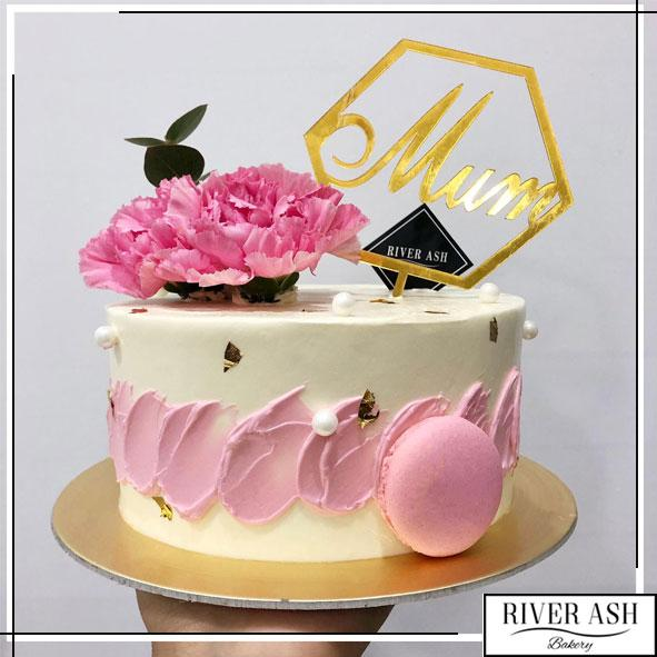Pink Touch of Floral Cake-River Ash Bakery