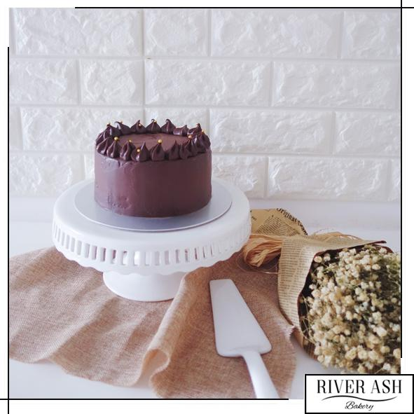 Rich Chocolate Ganache Cake-River Ash Bakery