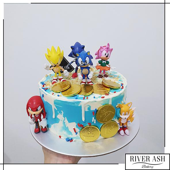 Sonic the Hedgehog Cake-River Ash Bakery