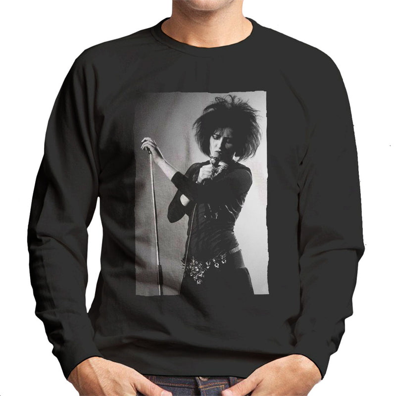 Souxsie Sioux Live Black And White Men's Sweatshirt - NME Merch