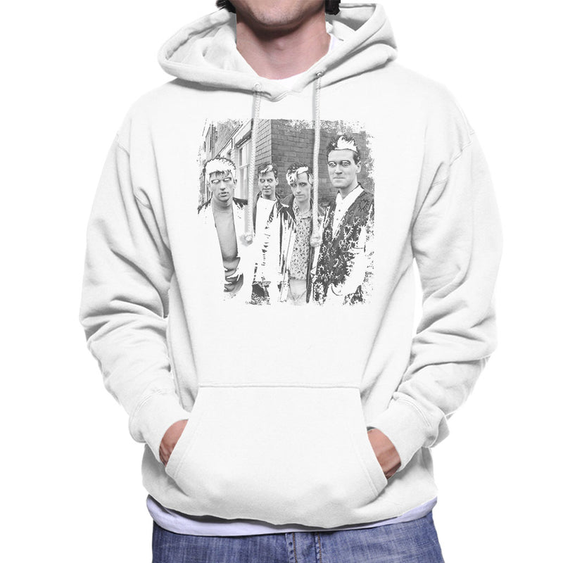 The Smiths Salford Lads Club Shoot Street Shot 1985 Men's Hooded Sweatshirt - NME Merch