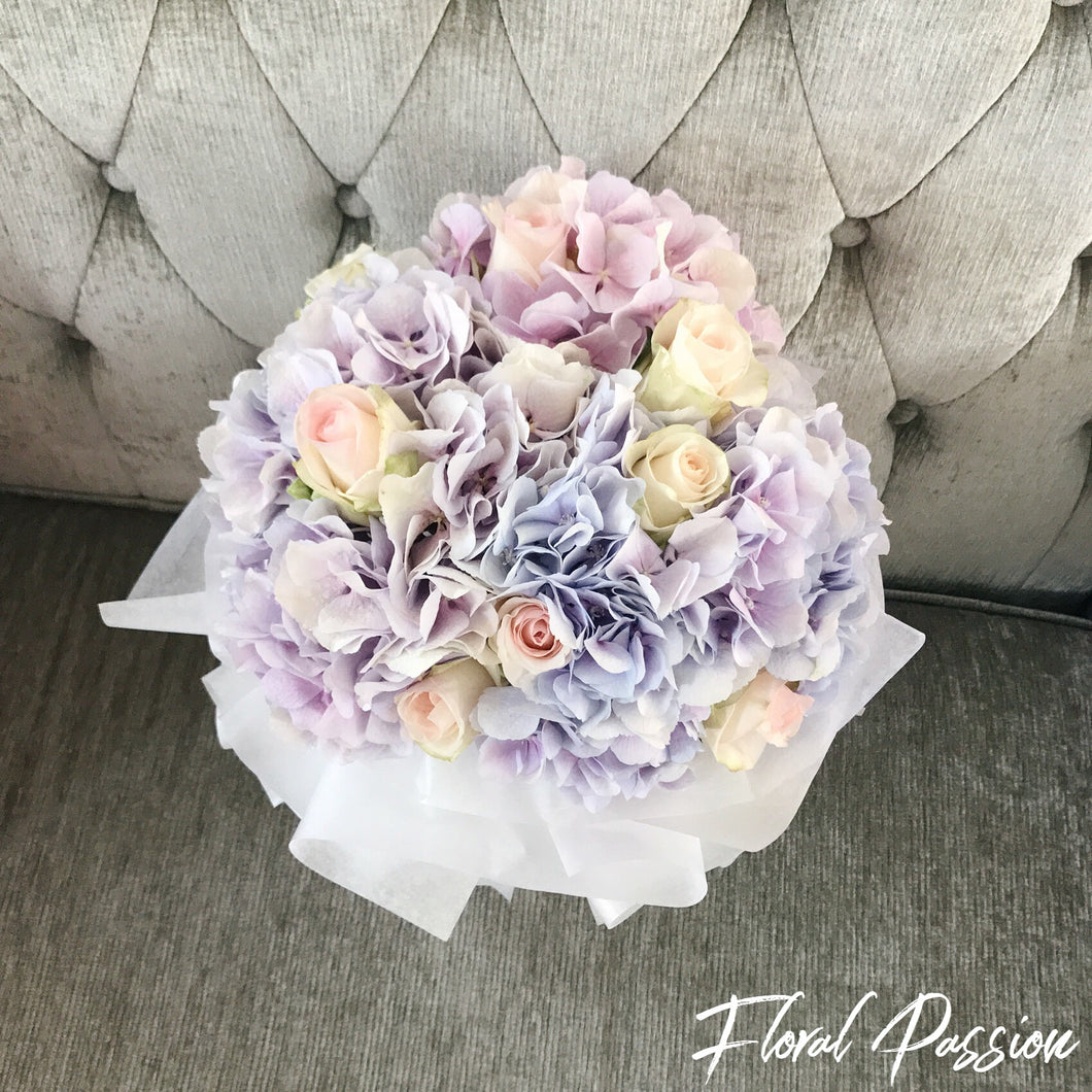 Hydrangeas & Roses Bouquet / Bridal Hand Bouquet