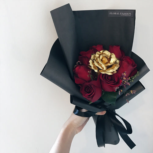 Heart of Gold - Roses & Artificial Flower